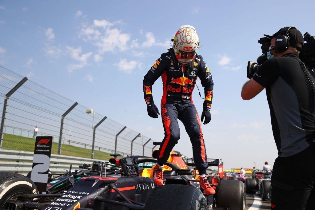 Essais libres : Mercedes domine, Stroll huitième