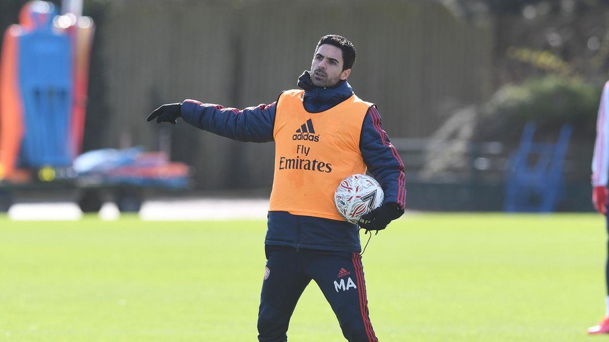 Arsenal to begin training next week