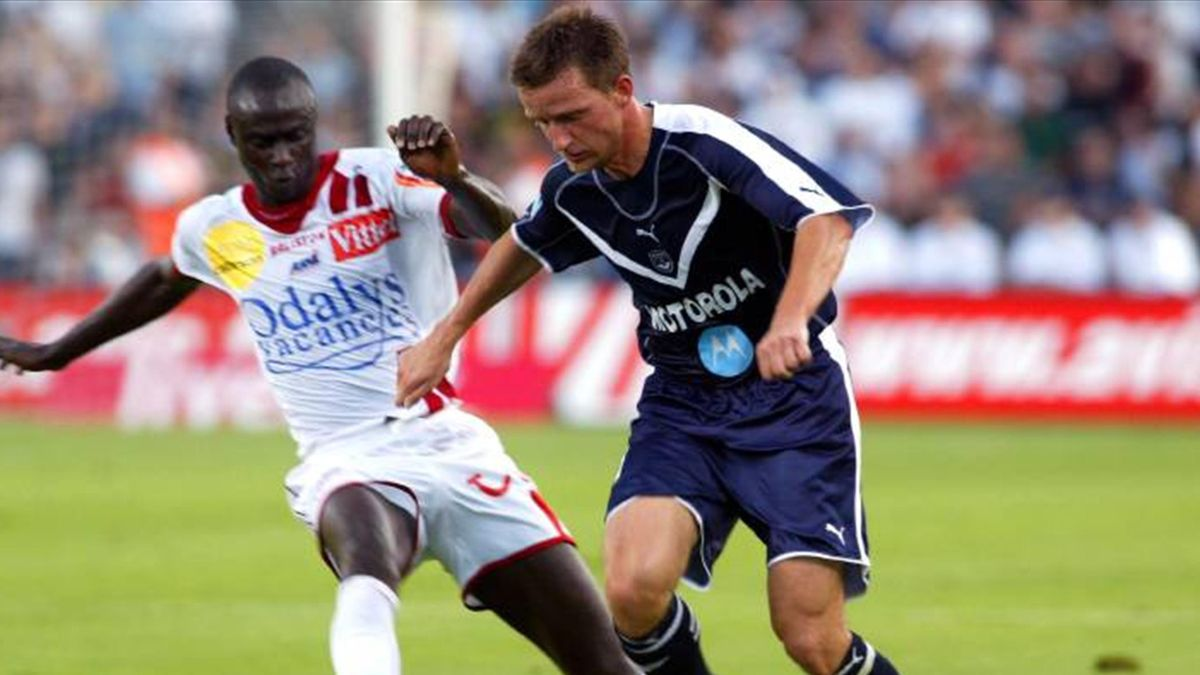FOOTBALL Ligue 1 2005/2006 Bordeaux Nancy Keita Smicer