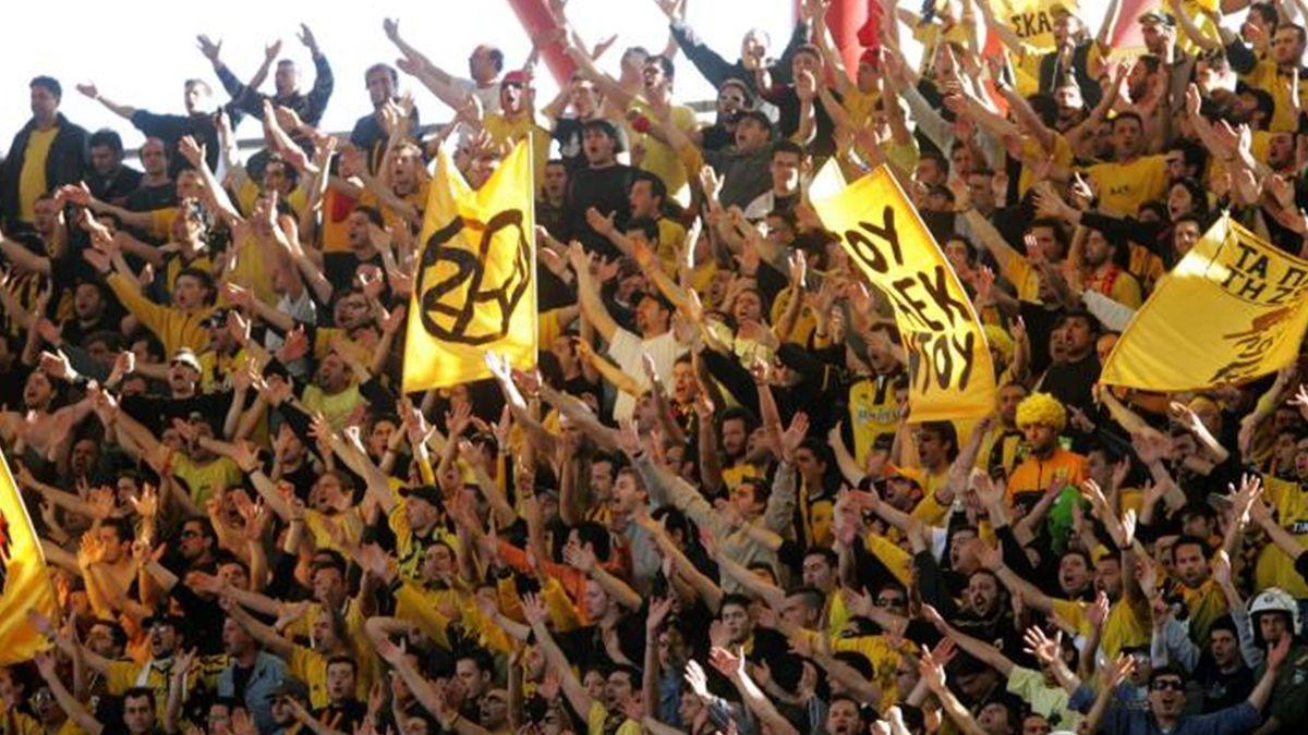 FOOTBALL 2005-2006 European Leagues AEK Athens fans