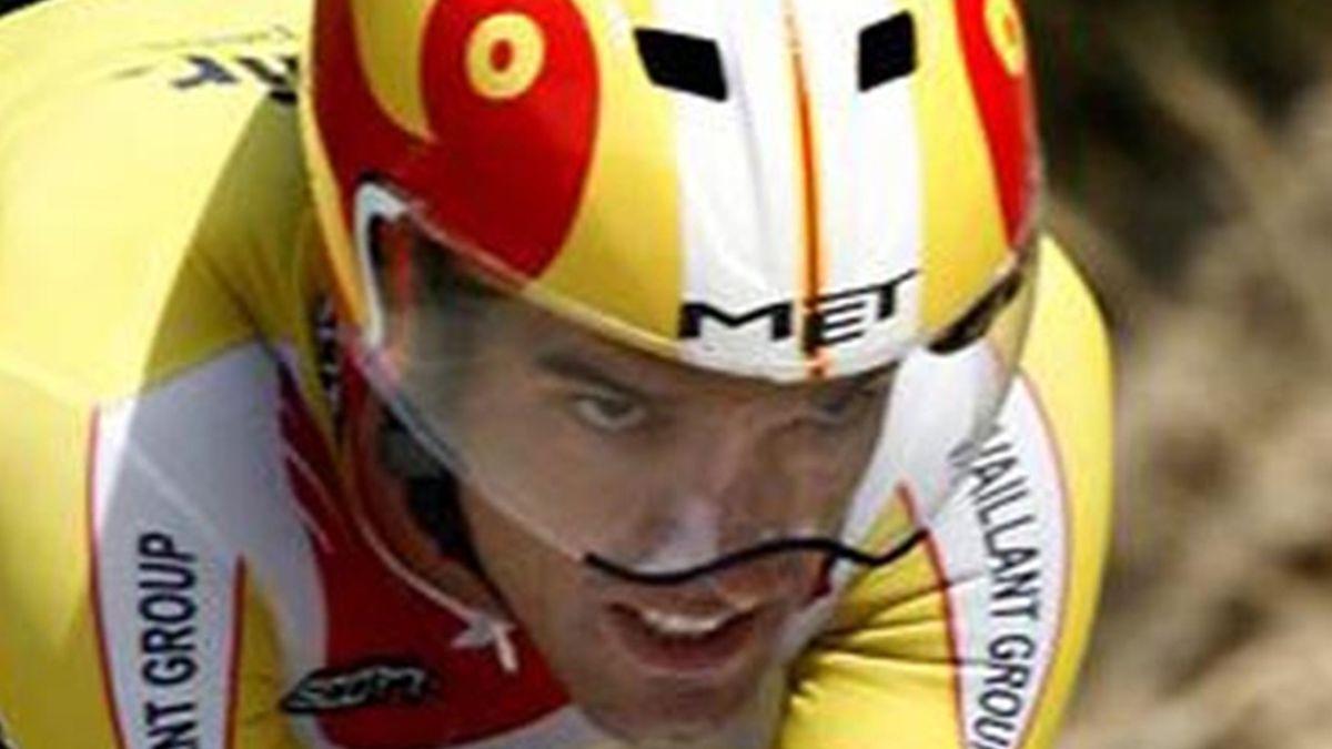 CYCLING 2006 Vuelta a Espana Cuenca-Cuenca Slide13 David Millar (Saunier Duval)