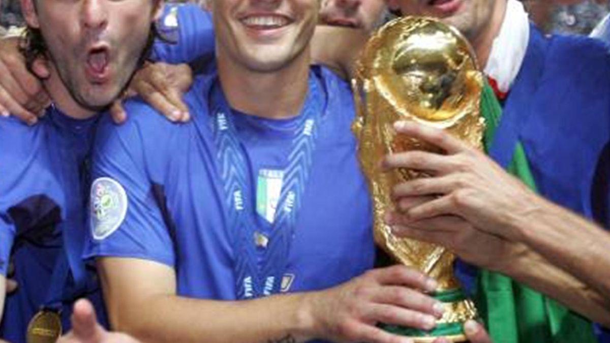 FOOTBALL 2006 World Cup presentation yum