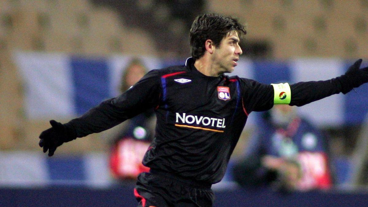 FOOTBALL 2006-2007 Champions League Lyon Dynamo K-Lyon Juninho