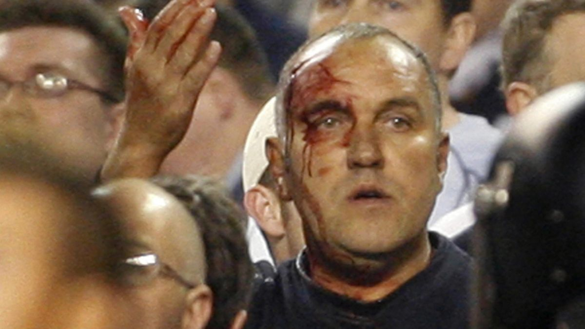 FOOTBALL Tottenhan fan spurs sevilla UEFA CUp 2007