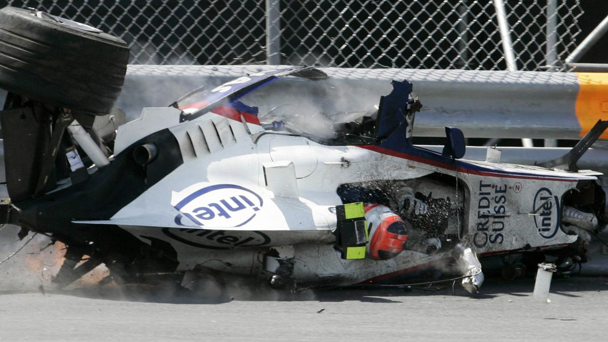 FORMULA 1 2007 Canadian GP Kubica smash crash accident ouch