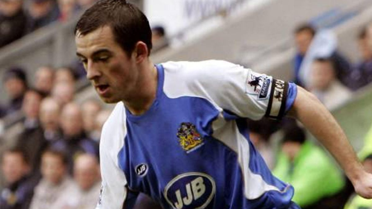 FOOTBALL 2006-2007 Leighton Baines Wigan Athletic