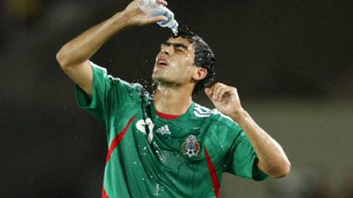 FOOTBALL 2007 Copa America Nery Castillo Mexico