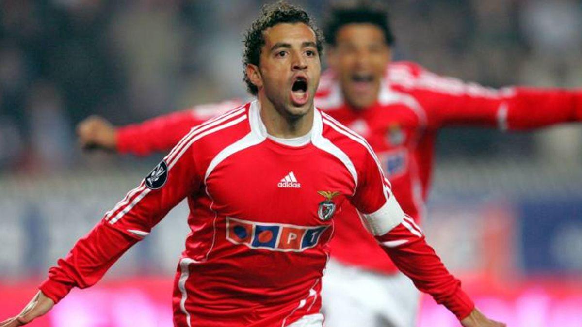 FOOTBALL 2007 Benfica Simao