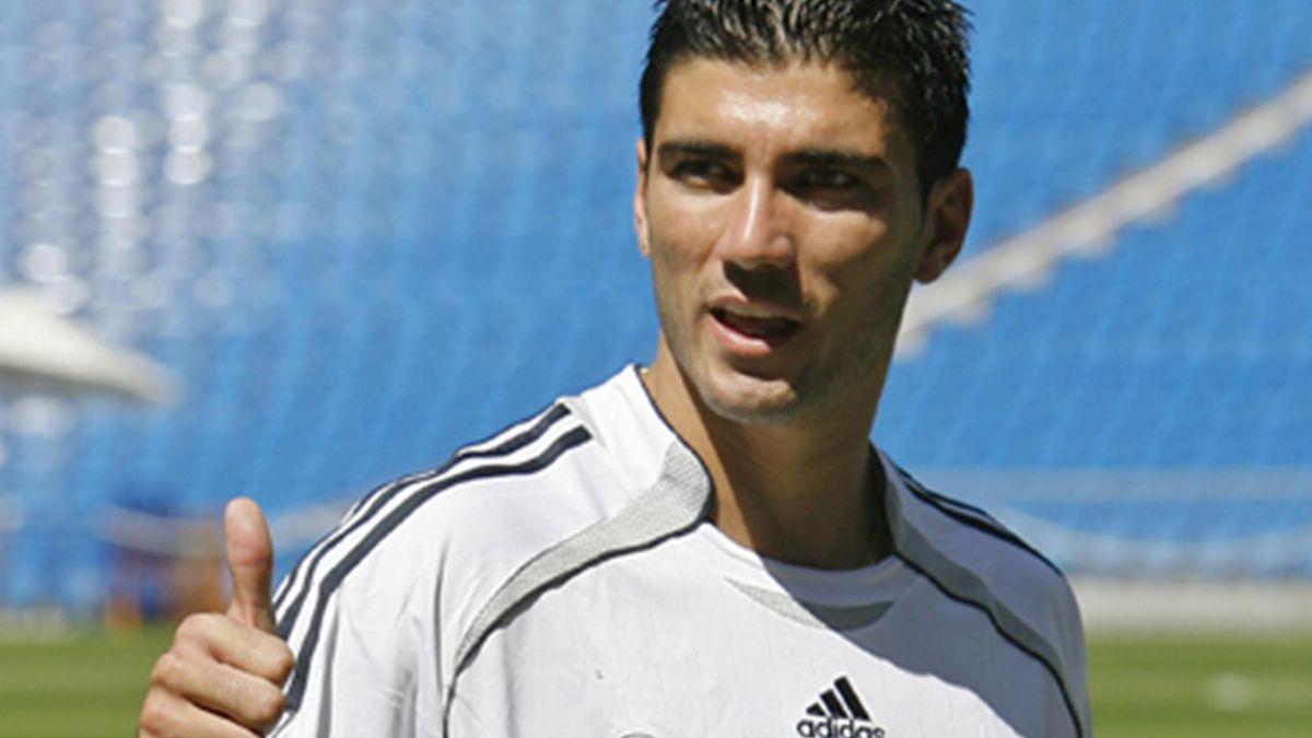 FOOTBALL José Antonio Reyes