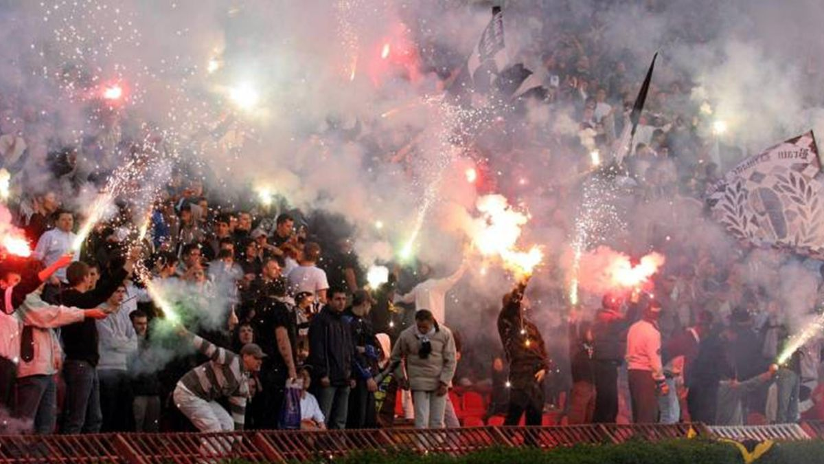 FOOTBALL Partizan Belgrade fans