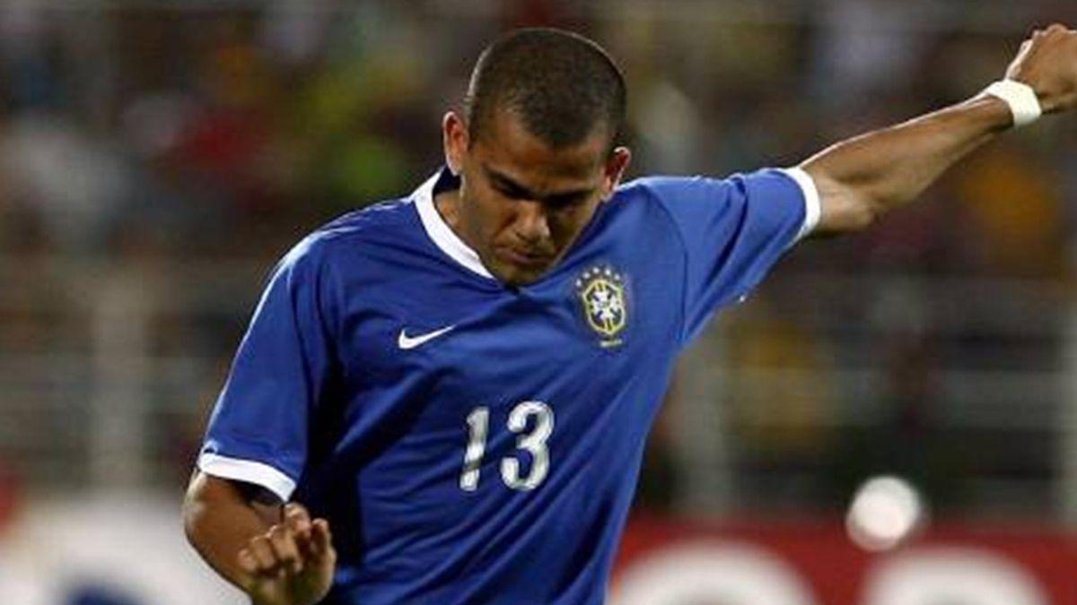 FOOTBALL 2007 Copa America Brazil Daniel Alves