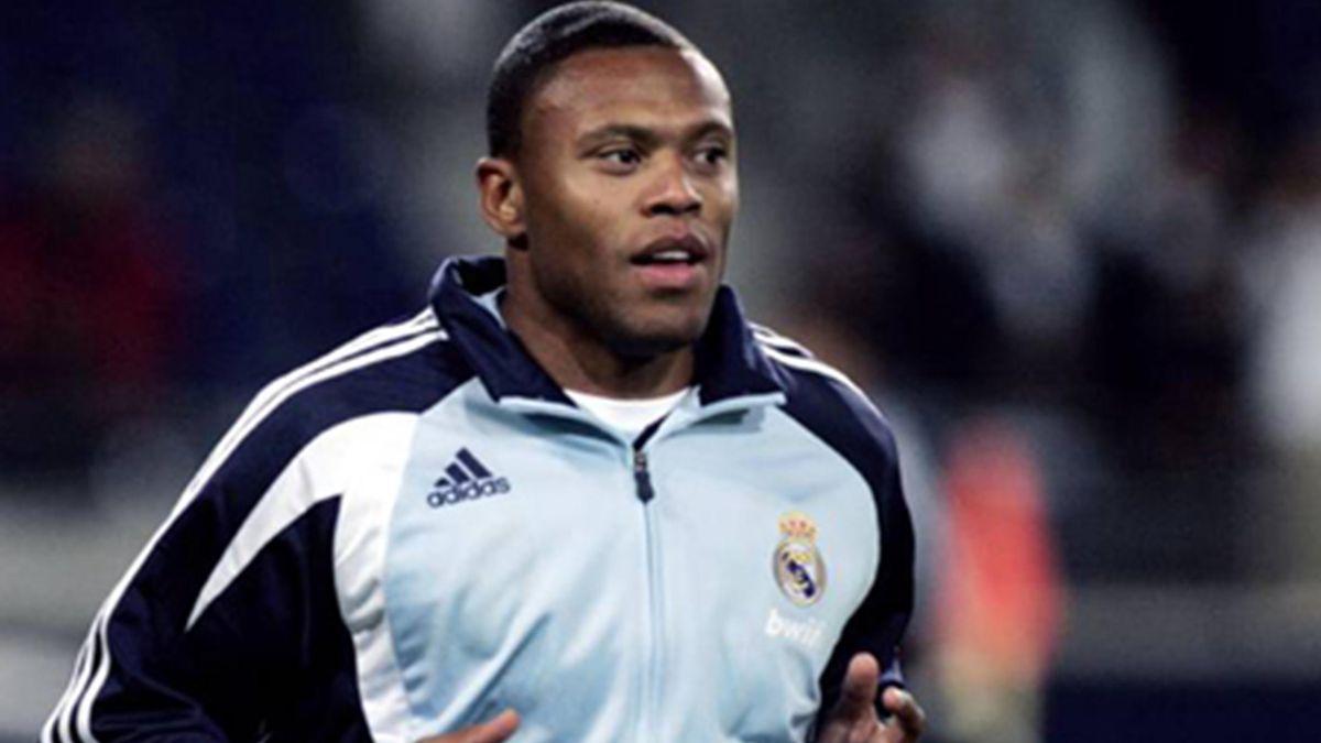 FOOTBALL 2007-2008 La Liga Julio Baptista La Bestia Real Madrid