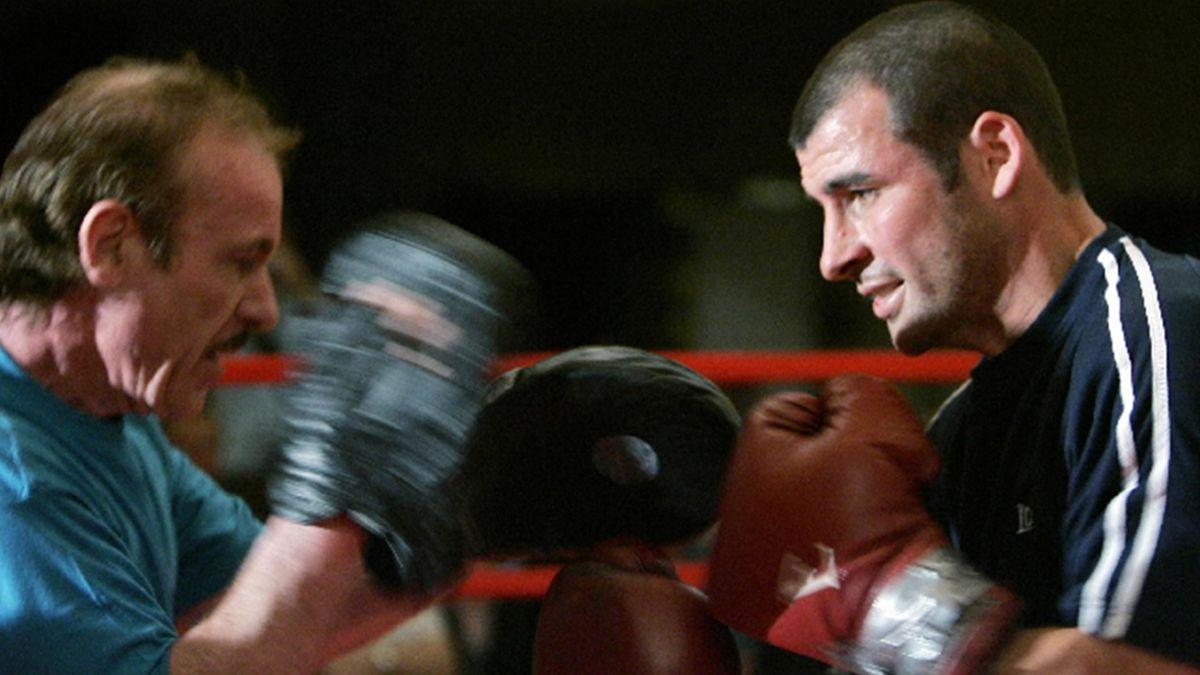 BOXING; Enzo Calzaghe, Joe Calzaghe, April 2008