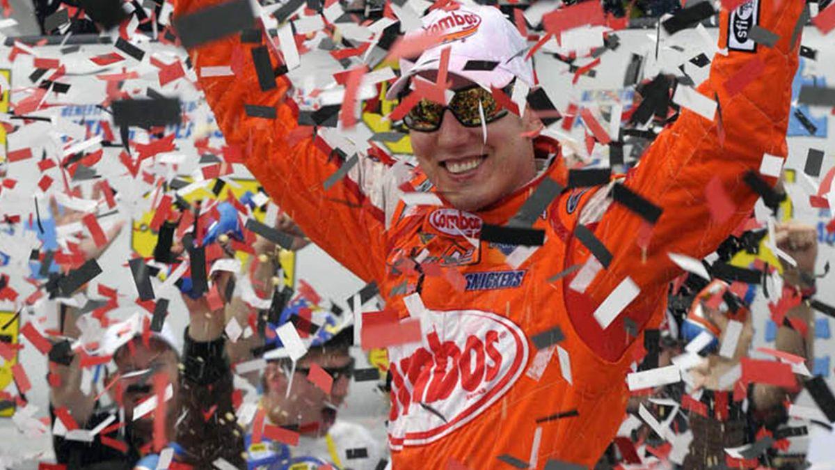 NASCAR Kyle Busch wins at Delaware