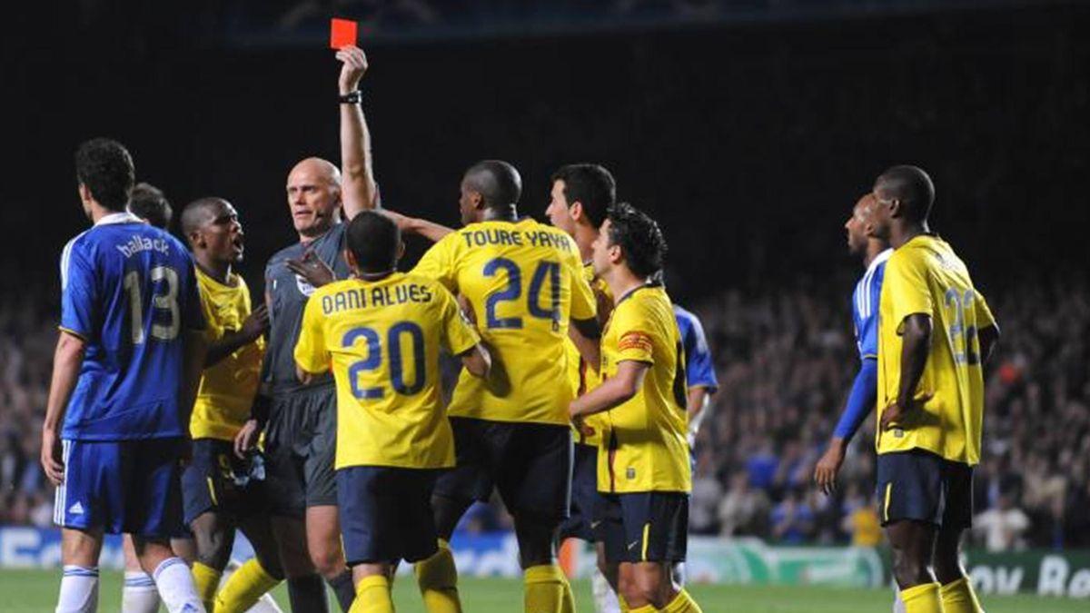 FOOTBALL 2008-2009 Champions League Chelsea-Barcelona Abidal red card Ovrebo