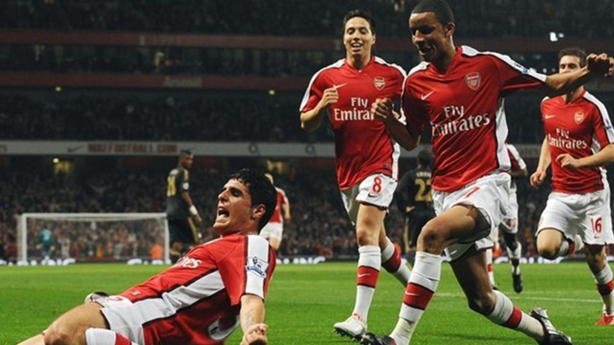 FOOTBALL 2009-2010 Arsenal-Liverpool (Merdia et Nasri)