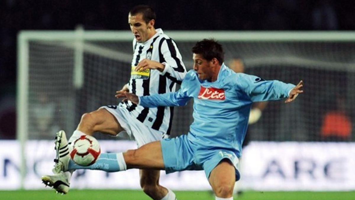 FOOTBALL - 2009/2010 - Juventus-Naples - Chiellini - Denis (AFP)