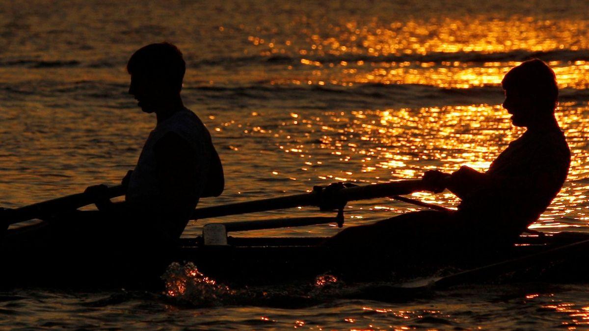 FOOTBALL Rowing generic