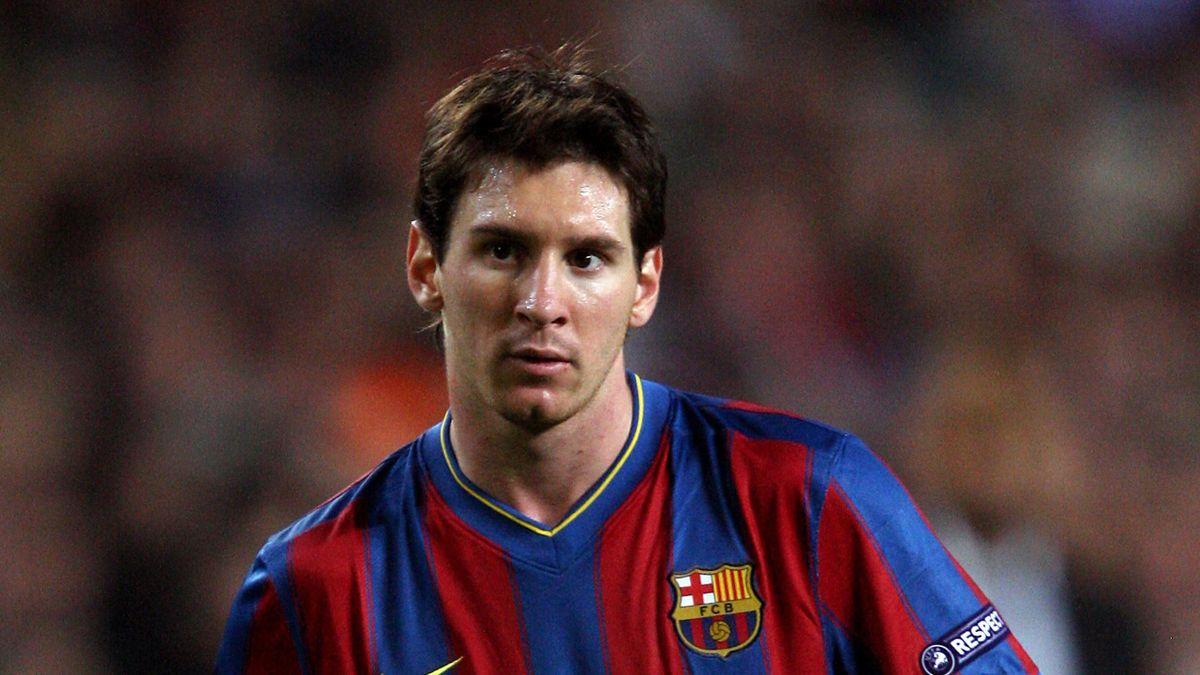 FOOTBALL Barcelona's Lionel Messi