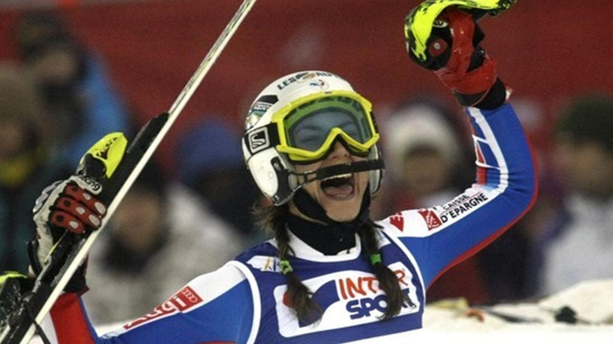 SKI ALPIN 2009-2010 Are Sandrine Aubert