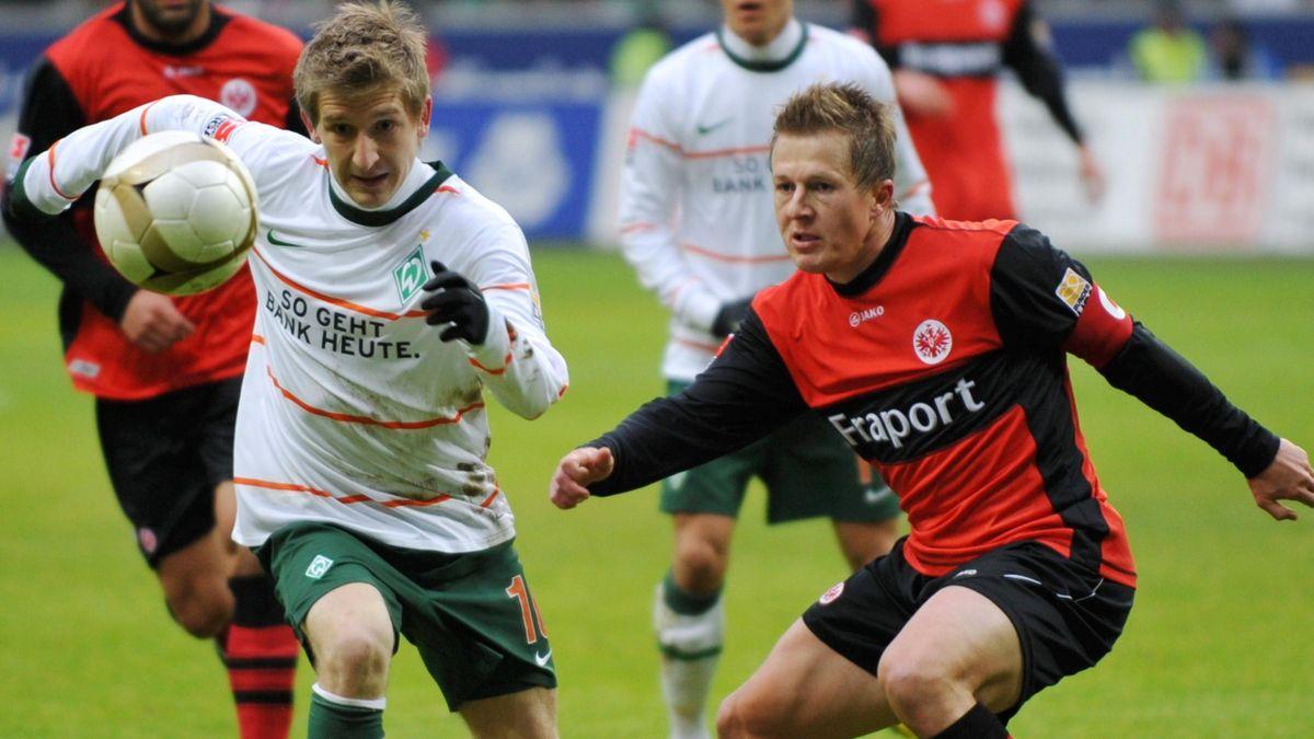 2009-2010 Bundesliga SV Werder Bremen Eintracht Frankfurt Marin Schwegler