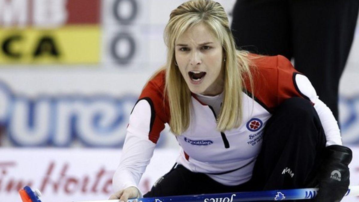 CURLING 2009-2010 Canada Jennifer Jones