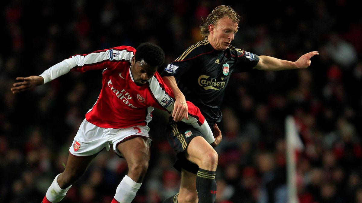 FOOTBALL Arsenal's Abou Diaby and Liverpool's Dirk Kuyt in their Premier League match at the Emirates