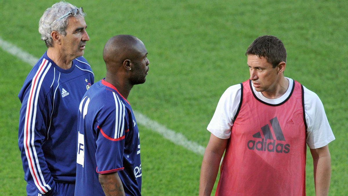 FOOTBALL 2010 France - Entrainement (Domenech et Duverne)