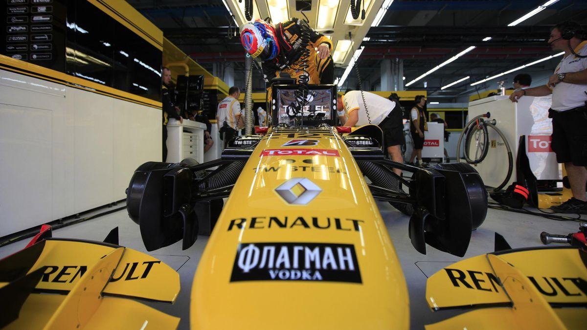 2010 Korean GP Renault Petrov
