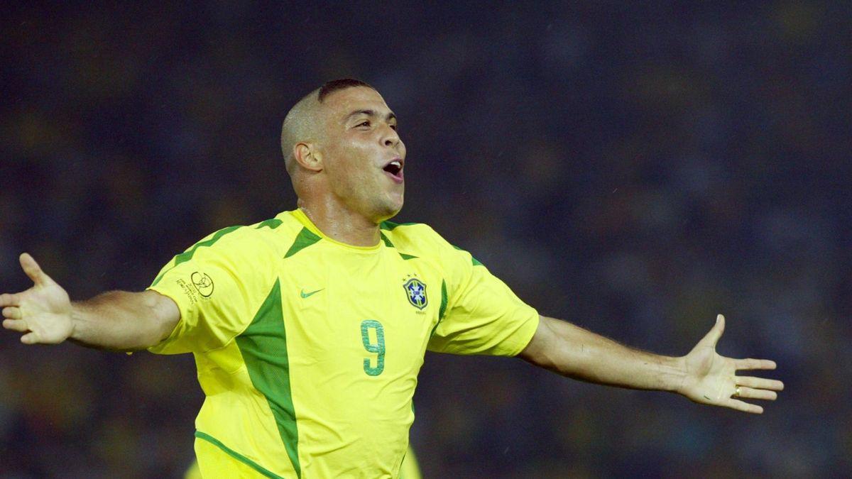 FOOTBALL 2002 Ronaldo Brazil
