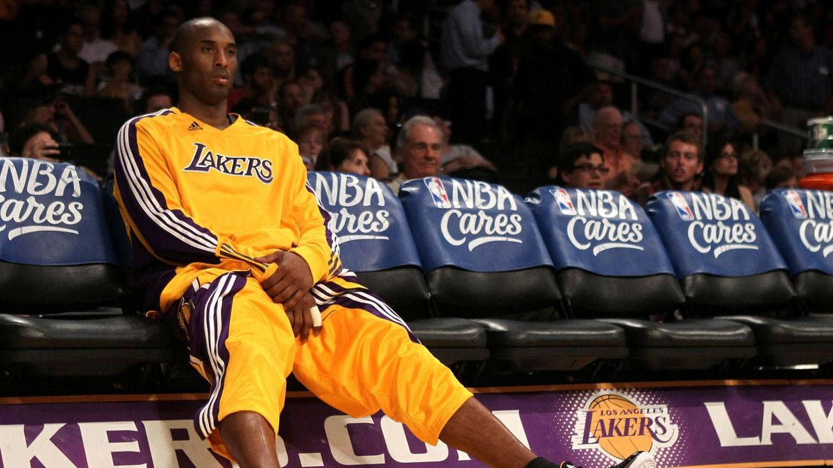 BASKETBALL 2011 NBA Lakers Kobe Bryant