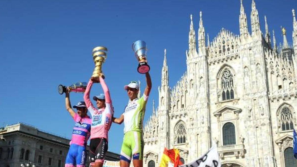 Cycling Giro 2011 Milan Podium