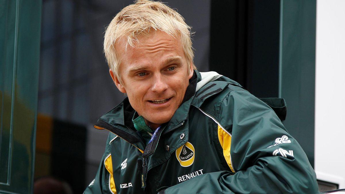 Heikki Kovalainen has replaced Kimi Raikkonen for the final two races of the season (Reuters)