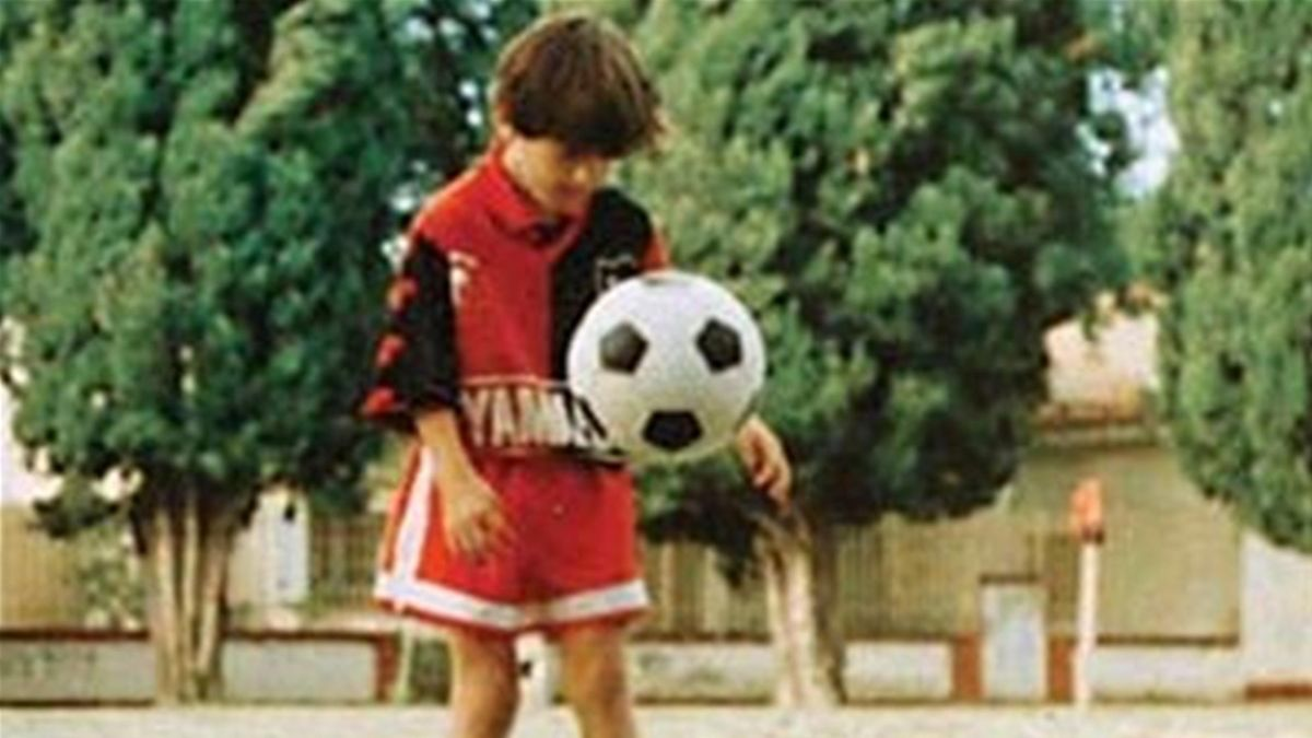 FOOTBALL Lionel Messi (Old Boys)