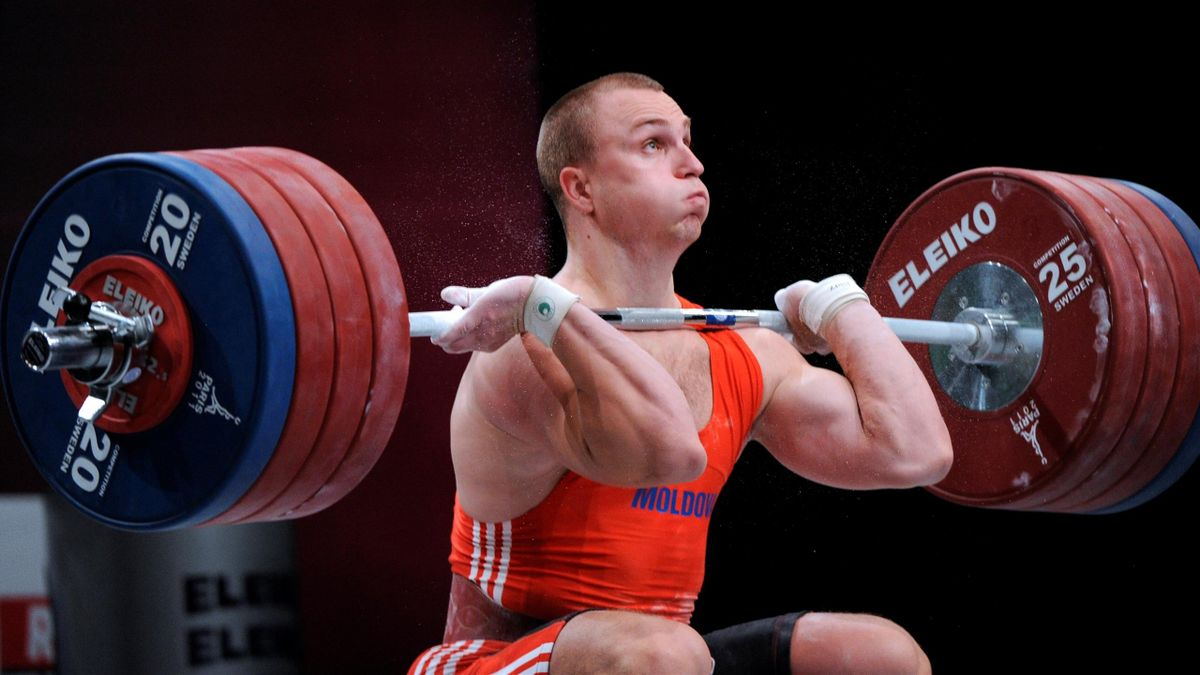Moldova's Anatoli Ciricu competes during the 2011 World Weightlifting Championships