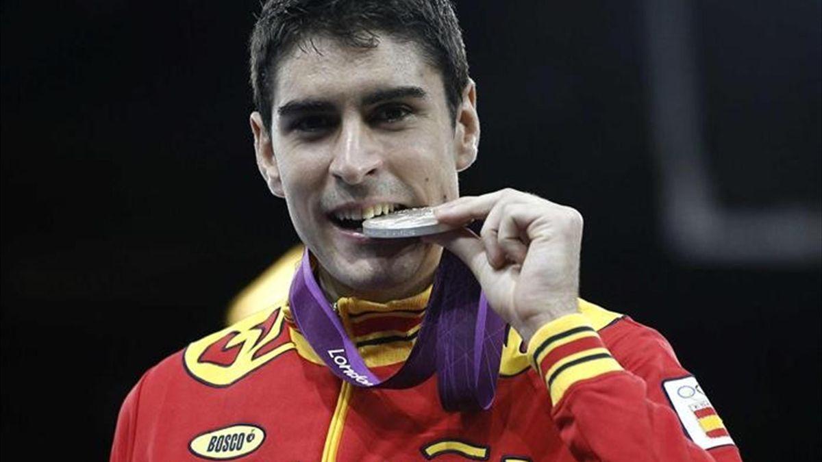 Nico García celebra su medalla de plata