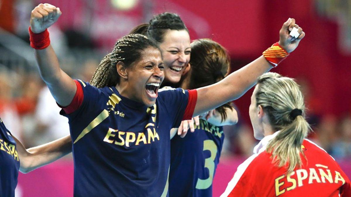 Spain celebrate Olympic handball bronze (Reuters)