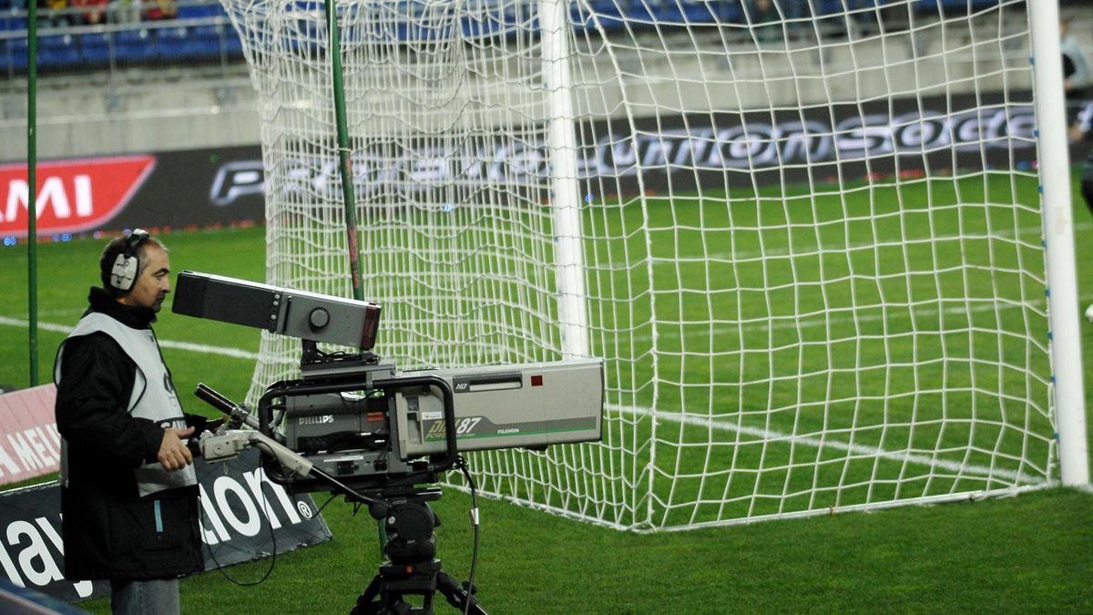 FOOTBALL - 2012 - Camera TV