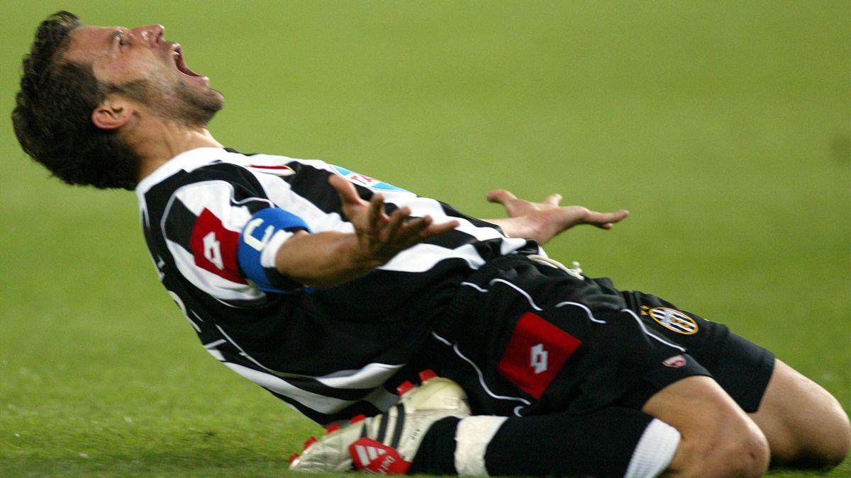 Alessandro Del Piero reflects on turning 40 - Eurosport
