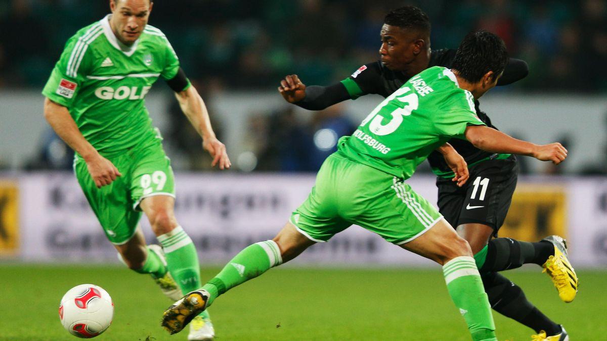 Bundesliga, VfL Wolfsburg gegen Werder Bremen, Eljero Elia, Makoto Hasebe