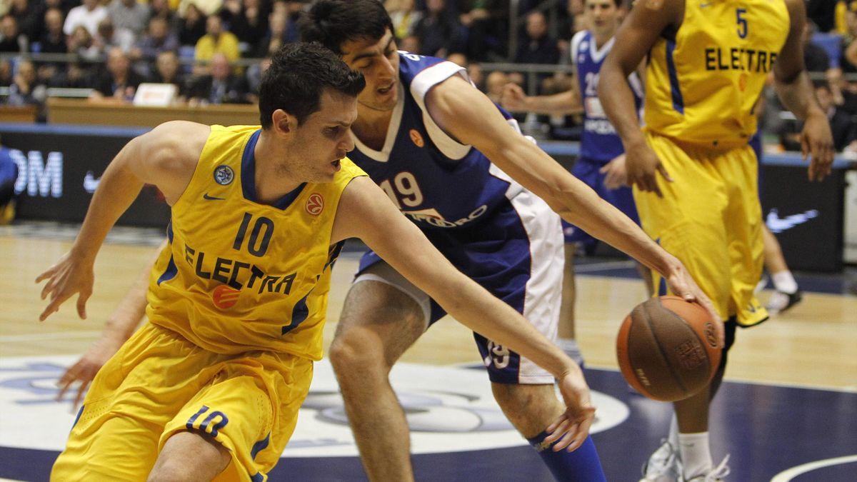 Maccabi Electra Tel Aviv's Guy Pnini
