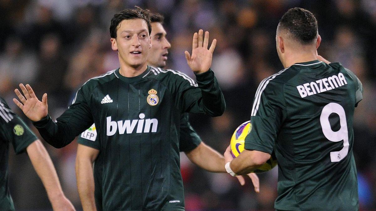 Ozil Schiesst Real Madrid Zum Sieg Eurosport