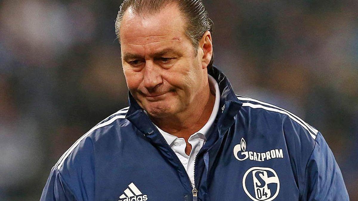 Absturz auf Rang sieben: Schalke entlässt Stevens