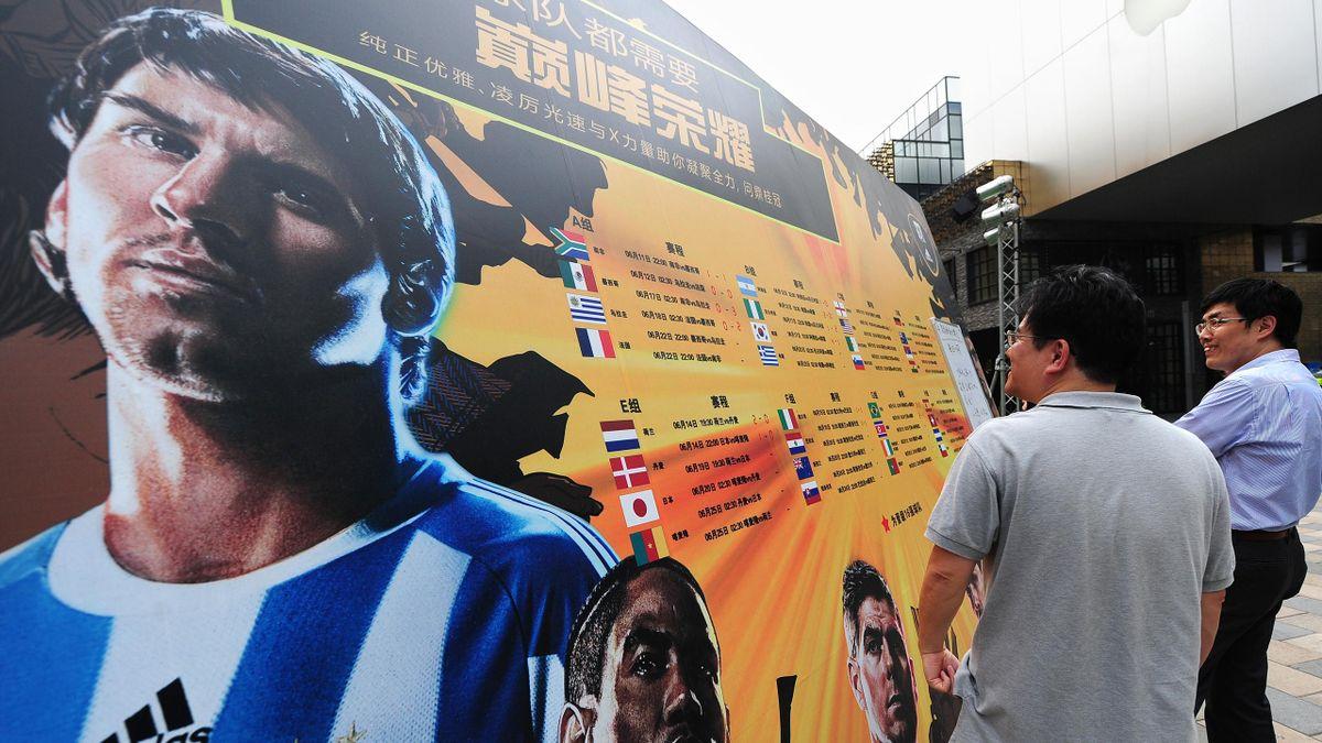 Lionel Messi, bus
