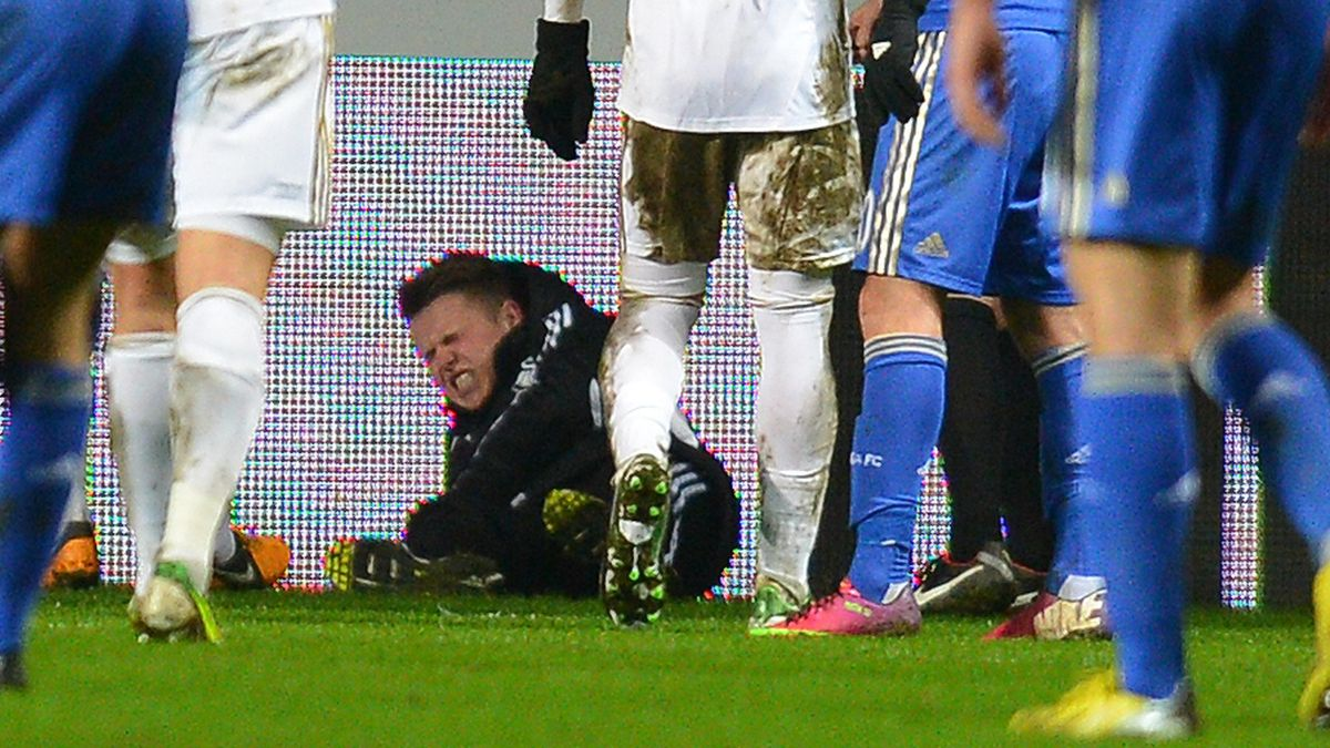 2012-2013 Premier League Swansea Chelsea Hazard Morgan