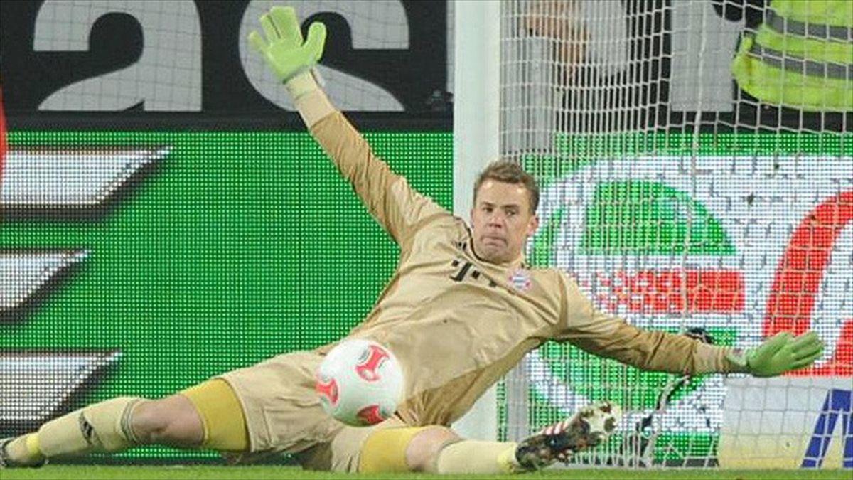 Manuel Neuer, glove