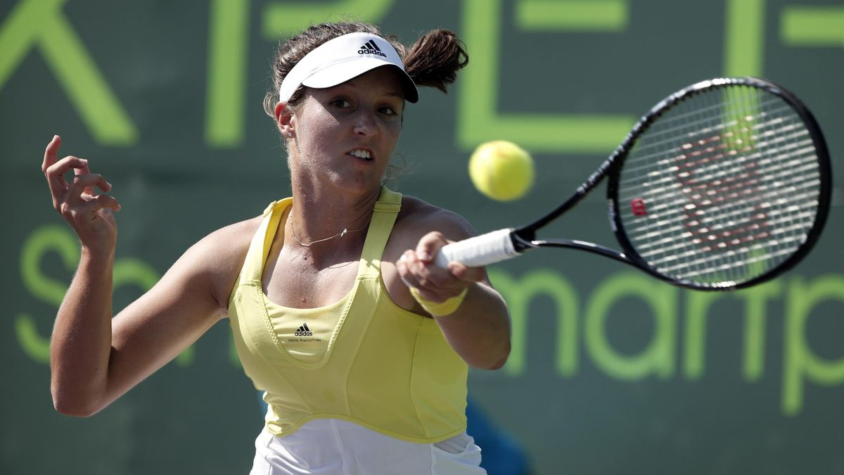 Laura Robson of Britain hits a return to Camila Giorgi of Italy during their match at the Sony Open tennis tournament in Key Biscayne (Reuters)