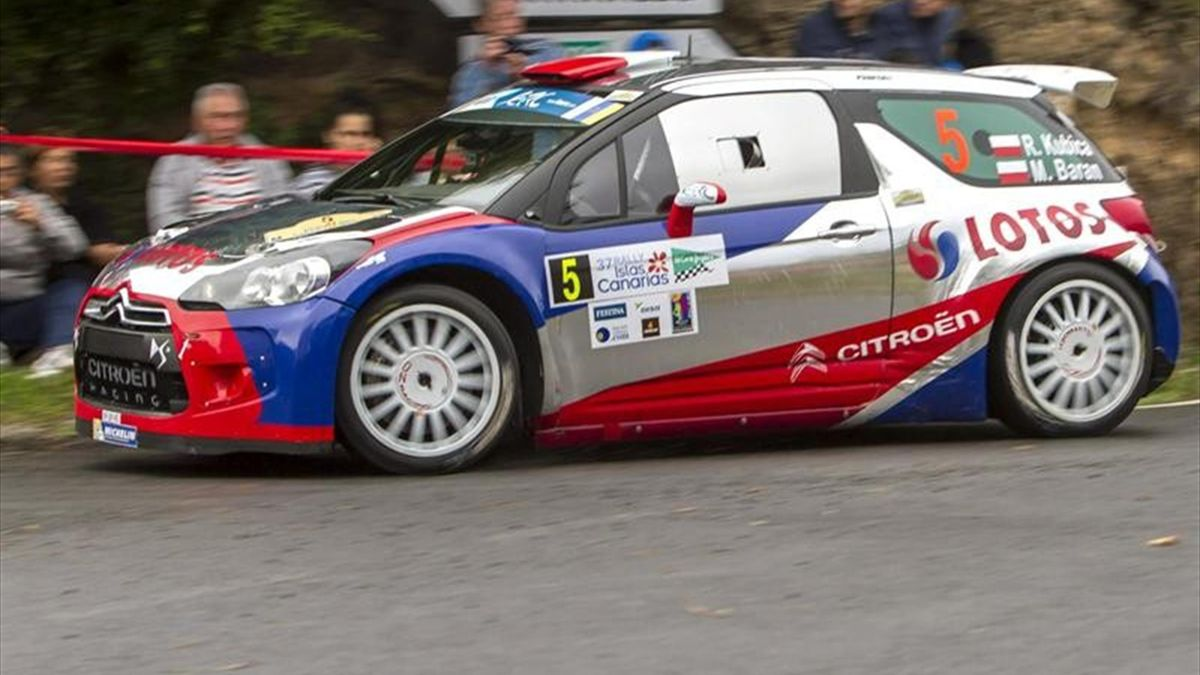 Robert Kubica, líder destacado en el Rally Islas Canarias