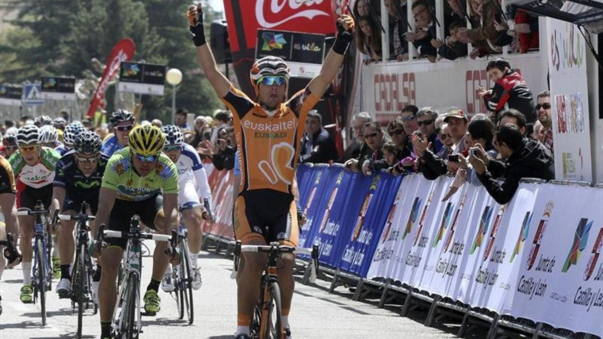 Juanjo Lobato (Euskaltel) ganador de la segunda etapa en Castilla y León