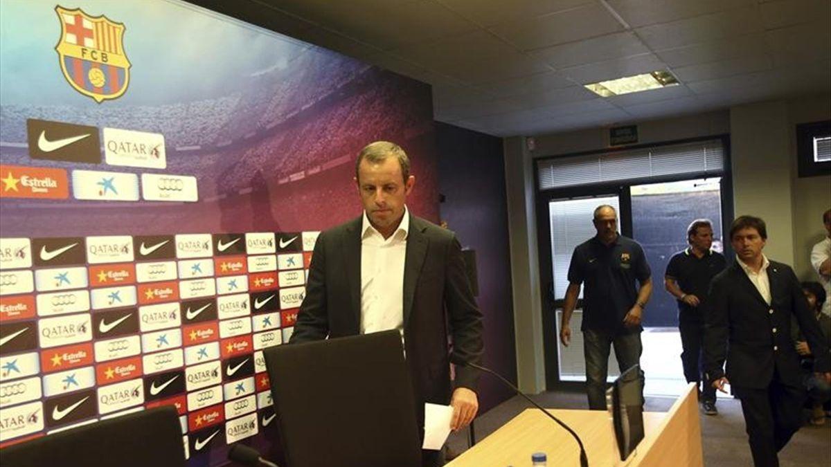 Sandro Rosell en rueda de prensa para anunciar la marcha de Tito Vilanova